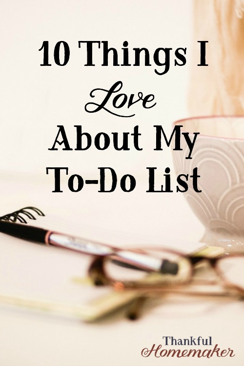 My to-do list gives my mind the freedom to not have so many things on it and helps me in being efficient and orderly at getting tasks done. #todolist #planner #planmydays @mferrell
