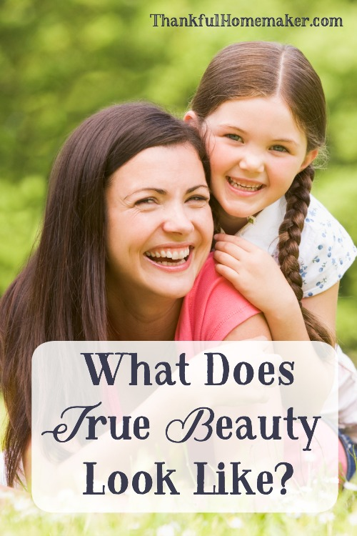 May we be women of the Word who cultivate true inner beauty so our lives will have a lasting effect on all those we come in contact with. May we worship the Lord and give Him thanks for how He created us. @mferrell