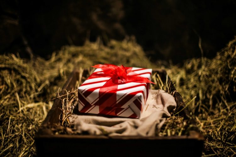 """Mama's if there is one thing I want you to grasp this Christmas season is don't get caught in the comparison trap. @mferrell"