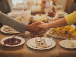 Simple Planning Guide for a Stress-Free and Christ-Focused Thanksgiving Dinner
