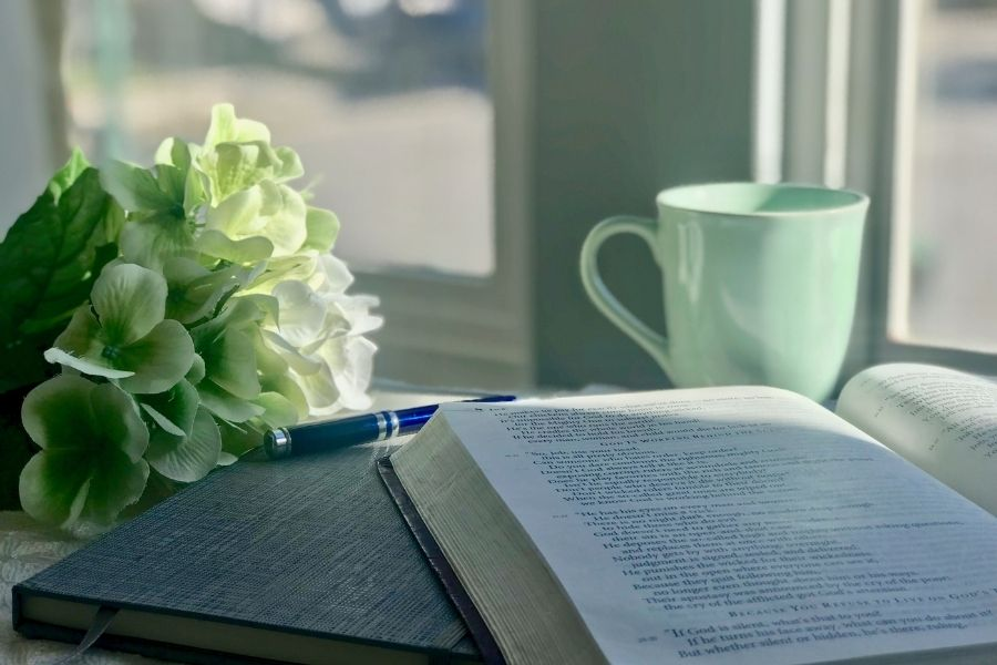 I'm hoping to encourage you today and inspire you with some new ideas or maybe just get you back on track with how you already like to study God's Word. #biblestudy #bible @mferrell