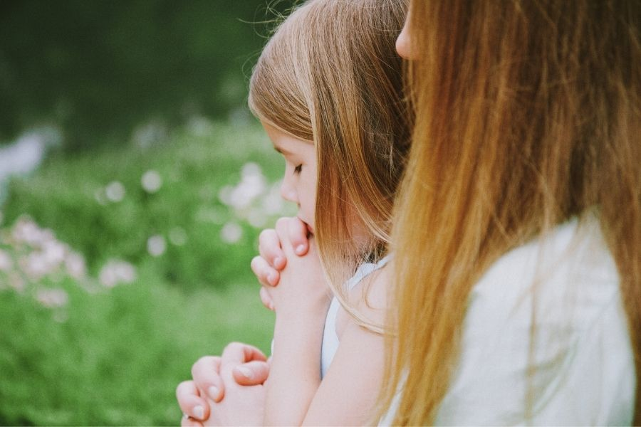 There is no better way to grow in your love for your children than to intercede for them in prayer. #praying #prayer #prayingforourchildren @thankfulhomemaker